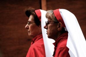 stockvault-two-nuns133156 (1)